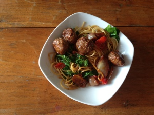 Asian Themed Meatballs, Veg and Noodles